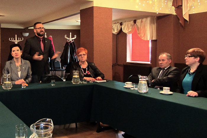 Ilustracja do informacji: Spotkanie z pracodawcami w Jasieniu