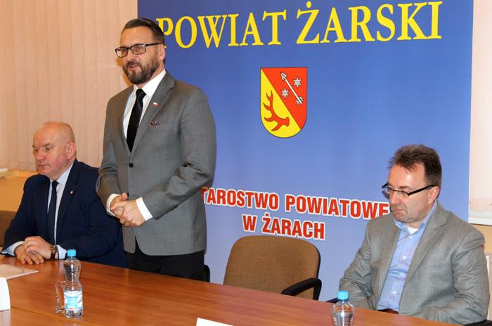 Ilustracja do informacji: Konferencja prasowa dotycząca rozwoju Powiatowego Szpitala na Wyspie w Żarach