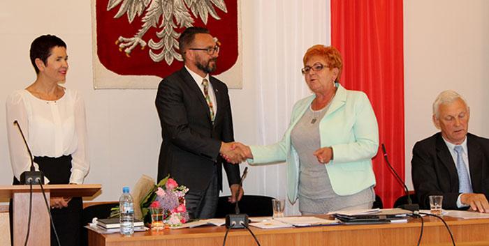 Ilustracja do informacji: Absolutorium dla Zarządu Powiatu Żarskiego udzielone!