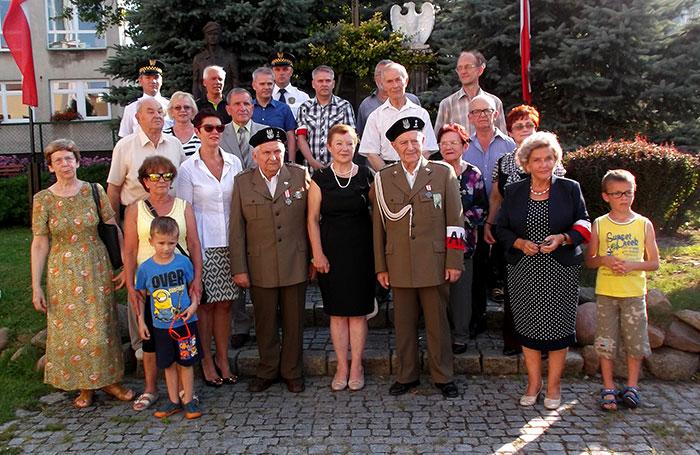 """Ilustracja do informacji: Obchody Godziny """"W"""" w Żarach"""