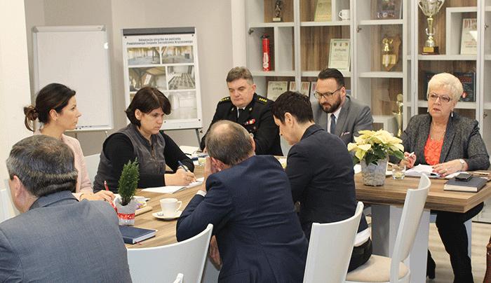 Ilustracja do informacji: Spotkanie Starosty Janusza Dudojcia z władzami samorządowymi z terenu Powiatu Żarskiego