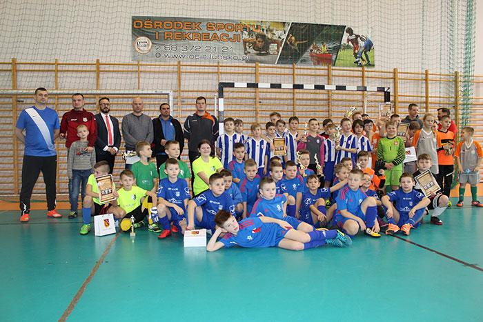 Ilustracja do informacji: Sportowy weekned pod Honorowym Patronatem Starosty Żarskiego Janusza Dudojcia
