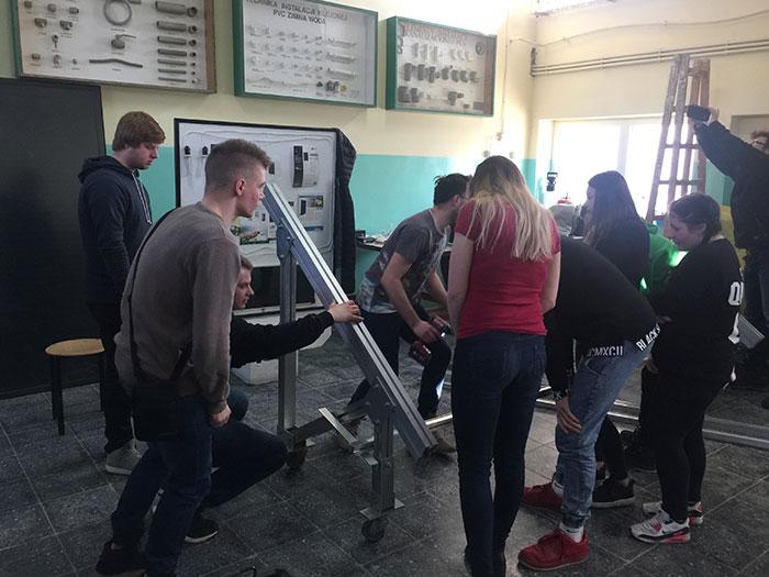 Ilustracja do informacji: Kurs dla uczniów - montaż systemów fotowoltaicznych - Zespół Szkół Budowlanych w Żarach