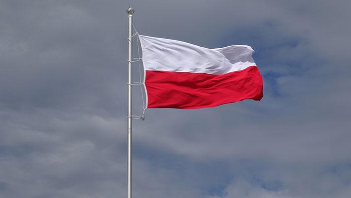 Ilustracja do informacji: Urząd Marszałkowski Województwa Lubuskiego ogłasza konkursu dla NGO na inicjatywy młodzieży i dla młodzieży związane z setną rocznicą odzyskania przez Polskę niepodległości.