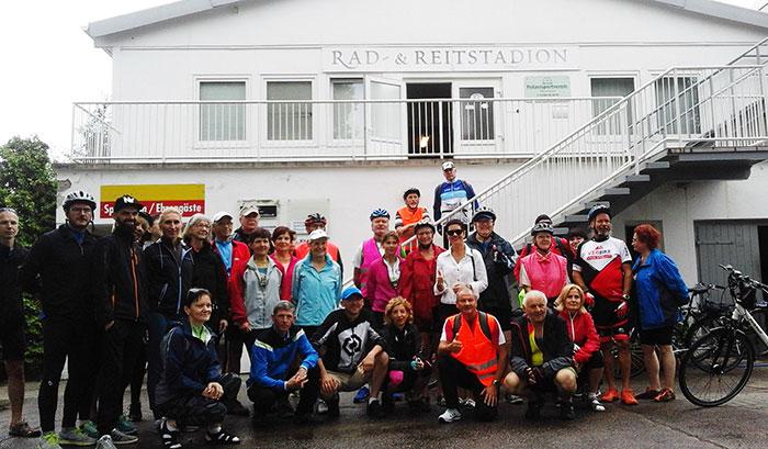 Ilustracja do informacji: Rowerzyści z Powiatu Żarskiego odwiedzili przyjaciół z Powiatu Sprewa-Nysa