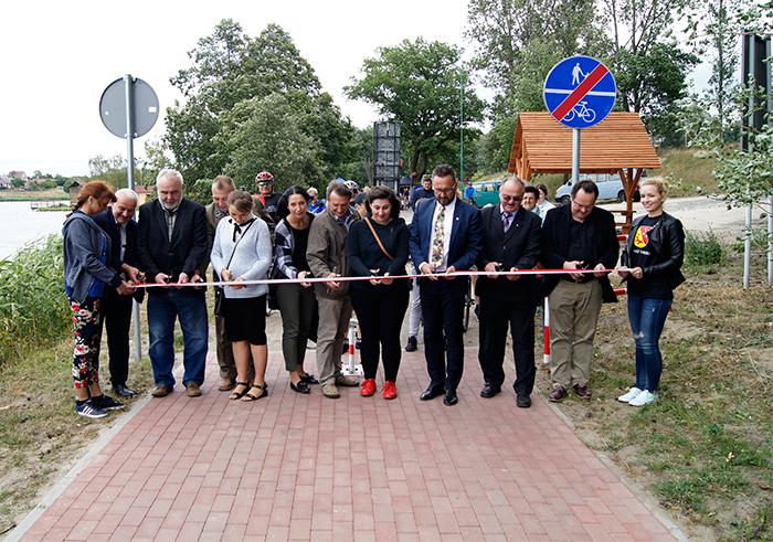 """Ilustracja do informacji: Wielkie otwarcie ścieżki pieszo-rowerowej nad Zalewem """"Karaś"""""""