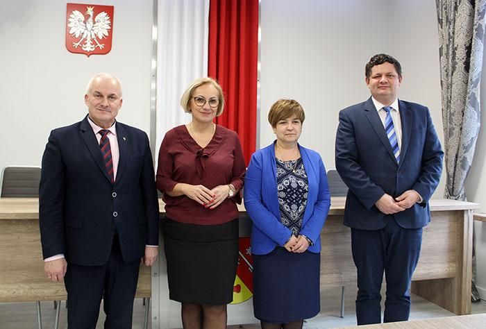 Ilustracja do informacji: Wizyta Lubuskiego Kuratora Oświaty Pani Ewy Rawy w Starostwie Powiatowym w Żarach