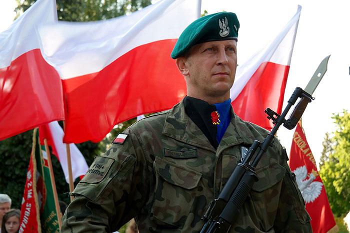 Ilustracja do informacji: W Powiecie Żarskim rusza kwalifikacja wojskowa!