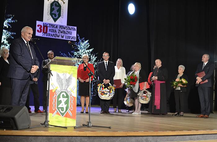 Ilustracja do informacji: Obchody 30. rocznicy powstania Koła Związku Sybiraków w Lubsku