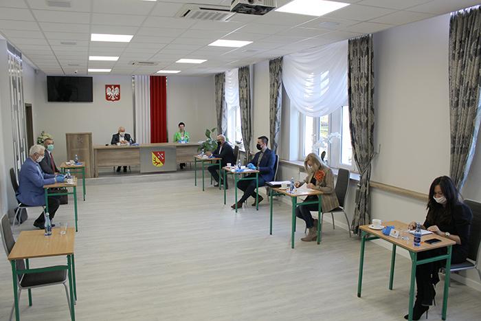 Ilustracja do informacji: Powiat Żarski przekazał kolejne wsparcie dla szpitali!