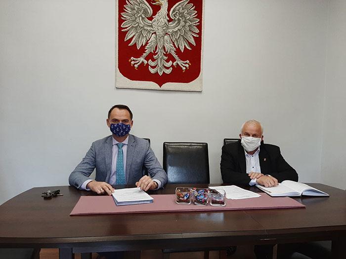 Ilustracja do informacji: Spotkanie Starosty Żarskiego z Burmistrzem Łęknicy.