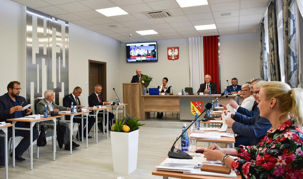 Ilustracja do informacji:  XXVII Sesja Rady Powiatu Żarskiego